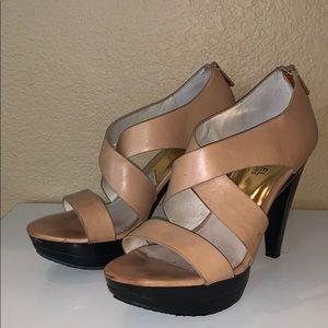 Michael Kors Beige/Tan Heels Size 8